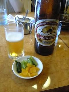 中華屋でビール
